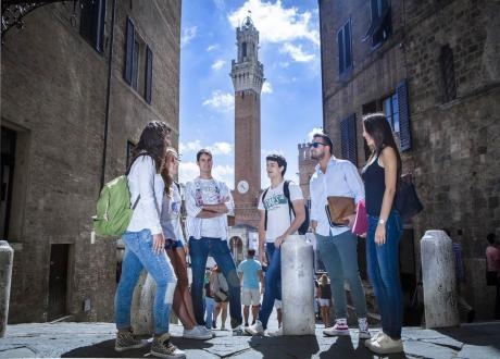 international students in Siena